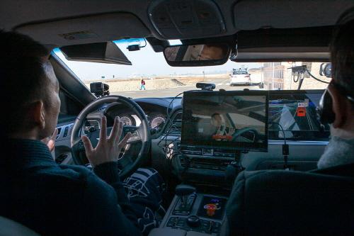자율차 미래 '車끼리 대화하며 주행한다'
